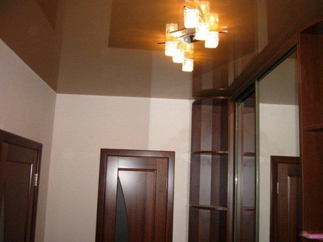 Люстра в коридор