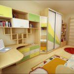 Детская комната для мальчика - мебель