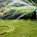 Как хранить шланги для полива