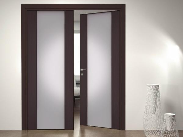 Двухстворчатые распашные двери