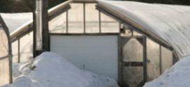 Як побудувати зимову теплицю з опаленням — покрокова інструкція