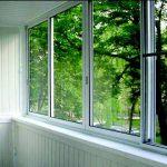 Какие окна лучше ставить на балконе пластиковые или алюминиевые