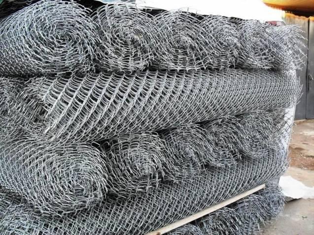 применение сетки рабицы