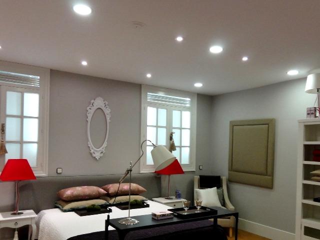 Встраиваемые светильники потолочные в интерьере