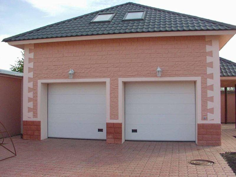 Какие гаражные ворота выбрать