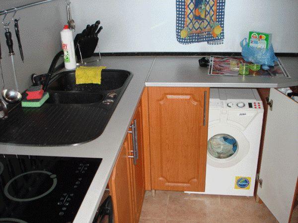 установка пральної машинки в кухні