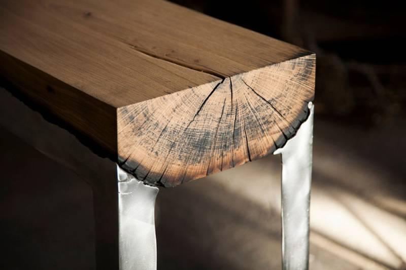 Дизайнерский столик из дерева и литого алюминия