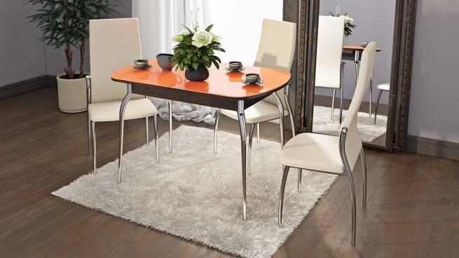 стеклянный стол с хромированными ножками на кухню
