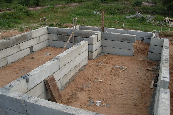 Фундаментные блоки
