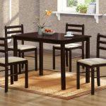 Столи та стільці для кухні