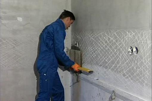 Подготовка поверхностей под укладку плитки мозаика