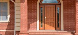 Як вибрати вхідні двері в приватний будинок