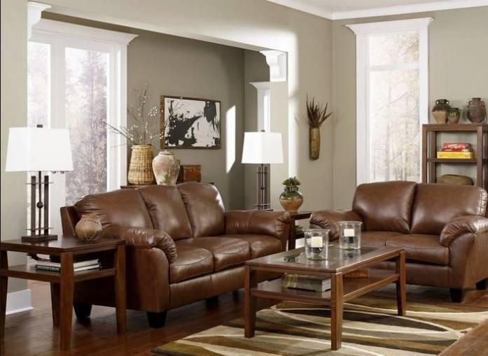 кожаный диван в гостиную