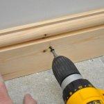 Як вибрати і правильно встановити дерев'яний плінтус