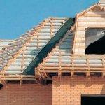 Как покрыть крышу и утеплить дом