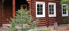 Пластикові вікна в дерев'яному будинку – що потрібно знати і враховувати при встановленні