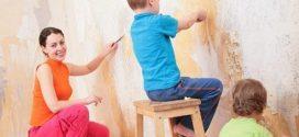 Йдемо на мокре діло: як зняти шпалери зі стін в домашніх умовах?