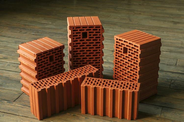 Использование керамических блоков для строительства домов